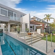 Modern Family Home with 25m Lap Pool
