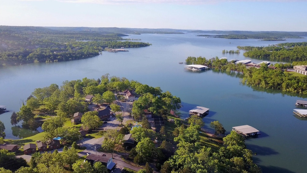 Aerial View, Calm Waters Cabin Resort
