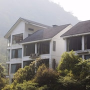 Lin An He Run Shi Jia Resort