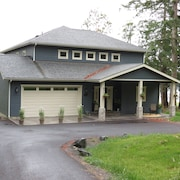 Brand New Custom Waterfront Home Next to Picnic Island-easy Walk to Roche Harbor
