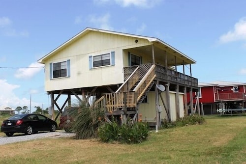 Beautiful Beach Home Only Steps Away From the White Sandy Gulf Beaches!