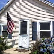 Ocean View Home With Large Yard, A/c, Hot Tub, Walk To Sandy Beach, Pets Ok
