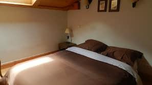 3 chambres, fer et planche à repasser, accès Internet