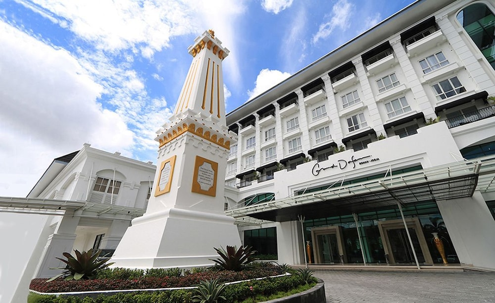 Grand Dafam Rohan Jogja In Yogyakarta Hotel Rates Reviews On Orbitz