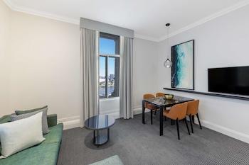 171 George Street, Brisbane, Queensland 4000, Australia.