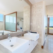 Luxury 2 Bed Apartment located in the Santai Resort