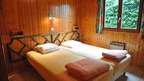 3 slaapkamers, babybedden (toeslag), gratis wifi