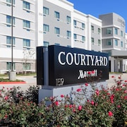 Courtyard by Marriott Lake Jackson