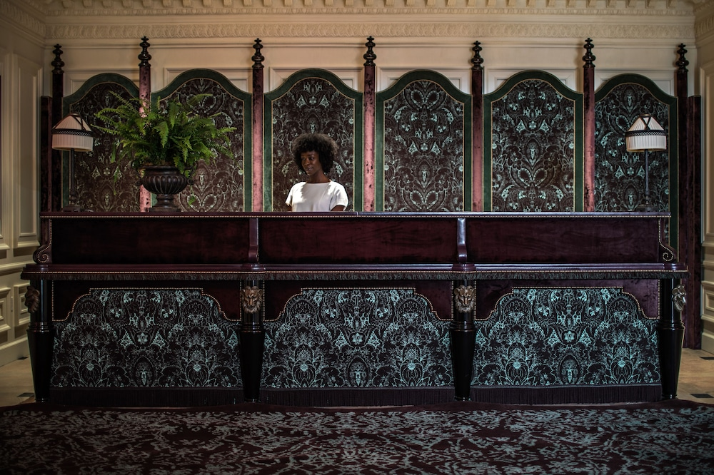 Concierge Desk, The NoMad Hotel Los Angeles
