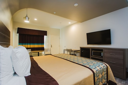 Check Expedia for Availability of Scottish Inns & Suites Atascocita