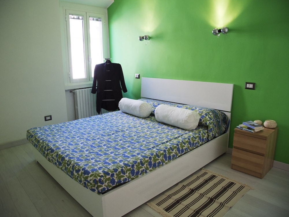 Camera Da Letto Rock : Navigli rock apartment milano italia expedia