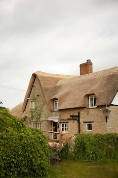 Station Road, South Leigh, Oxfordshire, OX29 6XN, England.