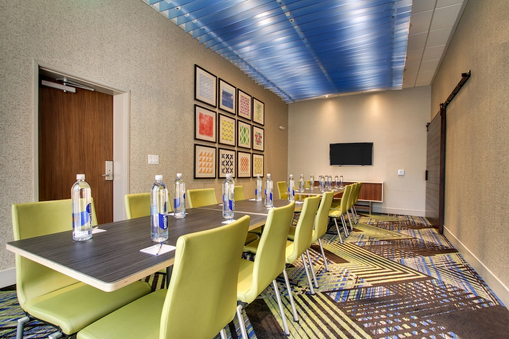 Meeting Facility, Holiday Inn Express & Suites Summerville, an IHG Hotel
