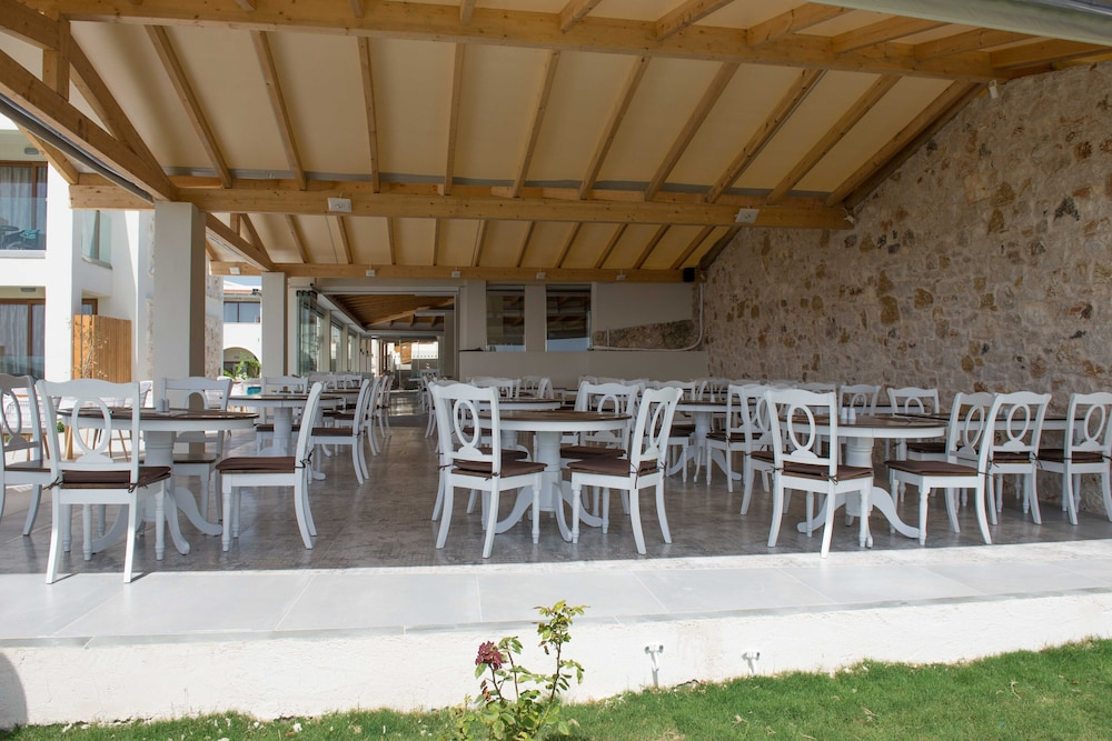 Restaurant, Brilliant Holiday Resort