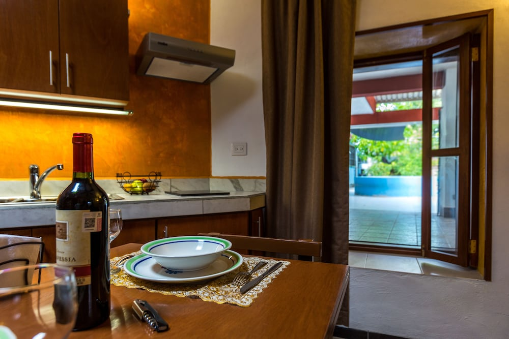 In-Room Dining, Merida Serviced Apartments