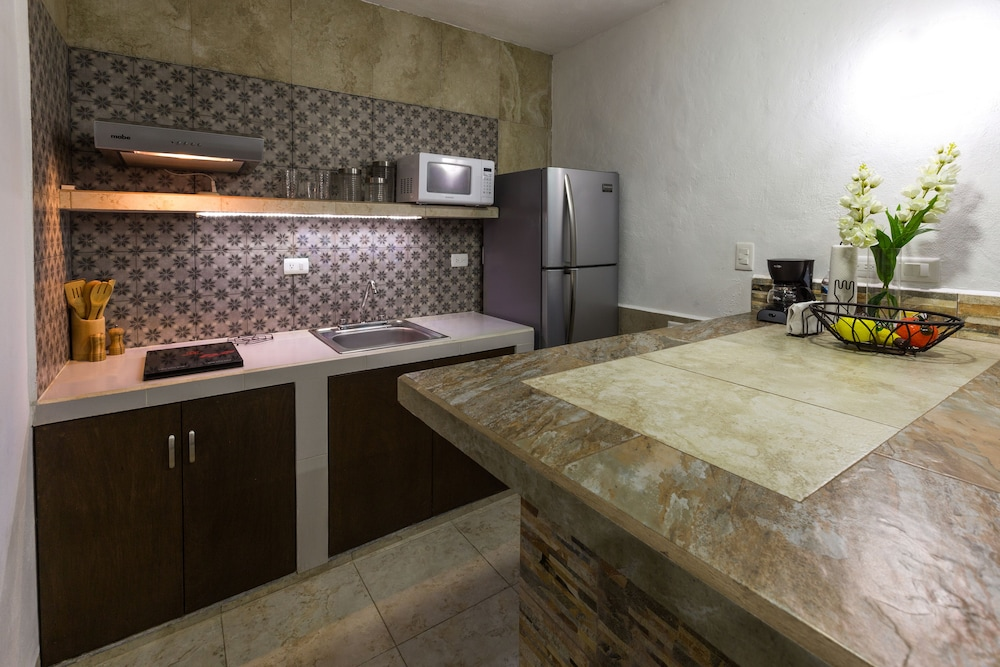 Private Kitchen, Merida Serviced Apartments