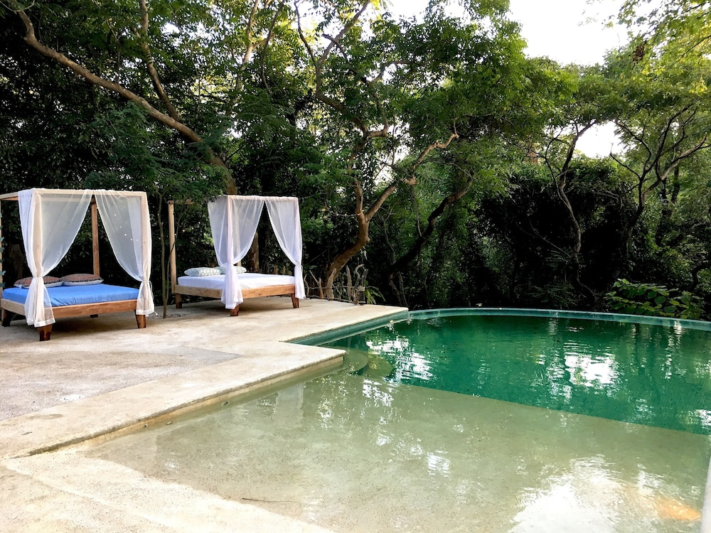 Driftwood Glamping and Boutique Hotel in Nosara | Hotel