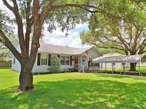 Check Expedia for Availability of Corner Oaks Cottage ~ Aggieland Vacation Rentals