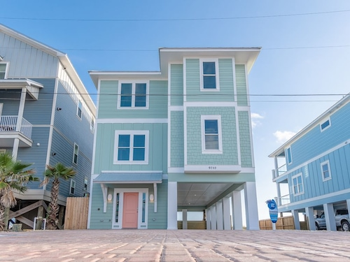 Great Place to stay Newly Constructed, 6 Bedroom 6 Bathroom Private Pool. Sleeps 22 near Panama City Beach