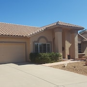 Beautiful Arizona Home Close To Spring Training, Golf, Shopping and Sight Seeing