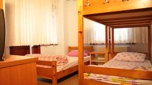 2 bedrooms, premium bedding, desk, iron/ironing board
