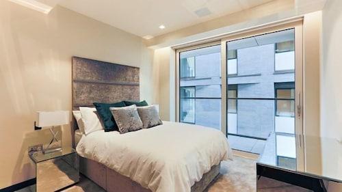 Berkeley Residential Sandringham House London 2021 Updated Prices Expedia Co Uk