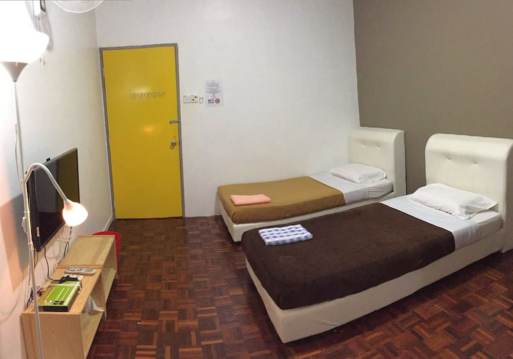 Room, Motel TwoU