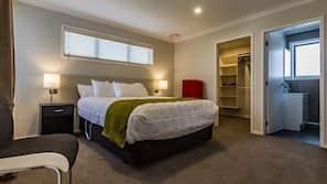 3 Schlafzimmer, hochwertige Bettwaren, schallisolierte Zimmer