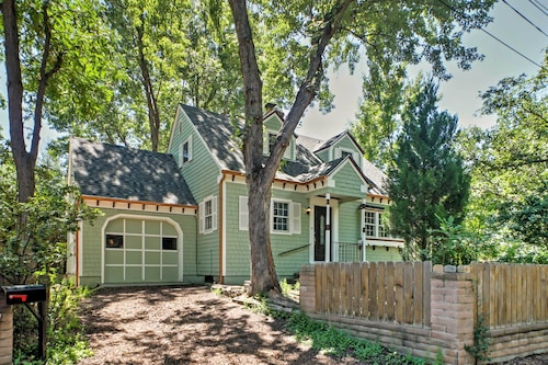Charming 4BR Villa Blocks From Broadmoor Hotel & Hiking Trails