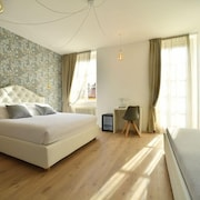 LAINEZ ROOMS & SUITES