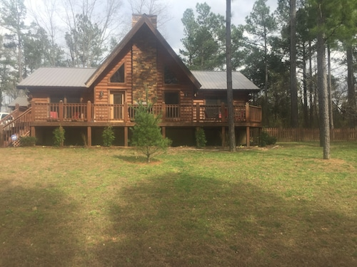 Swiftwater - Secluded Log Cabin