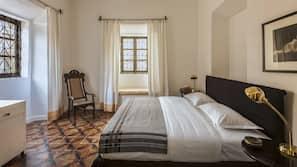 Zimmersafe, Bügeleisen/Bügelbrett, Zustellbetten, kostenloses WLAN