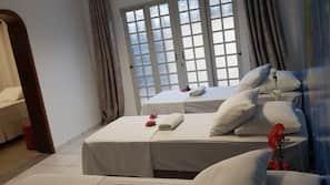Roupas de cama premium, camas Select Comfort, escrivaninha