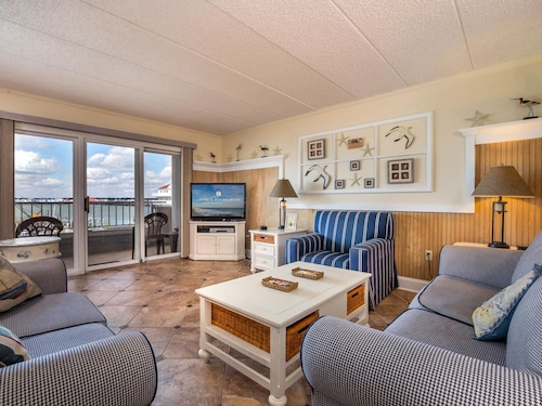Great Place to stay White Marlin 308B near Ocean City