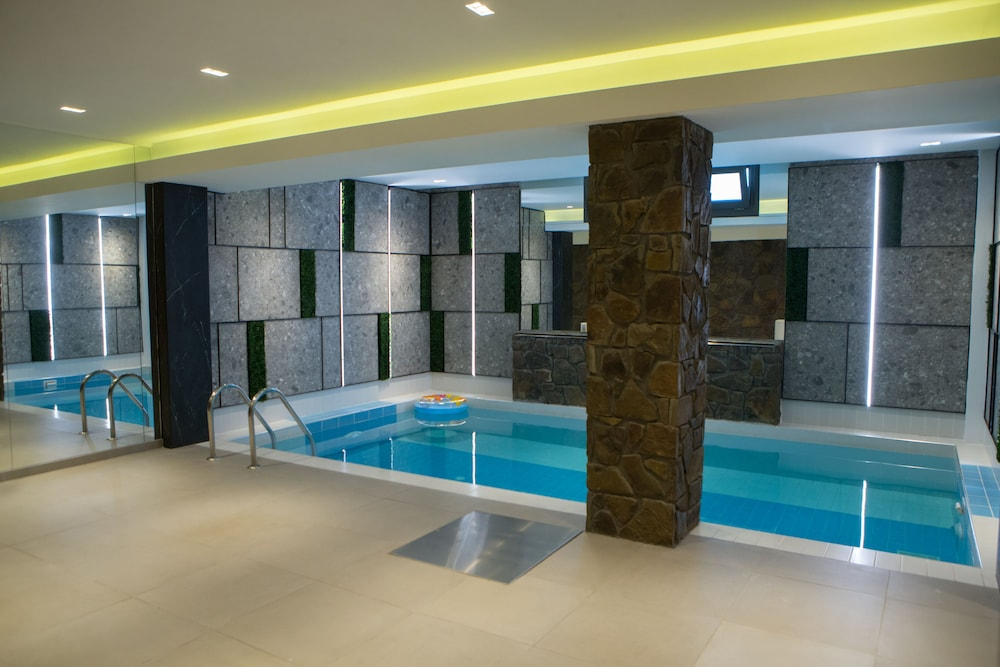 Indoor Pool, Irenes Resort