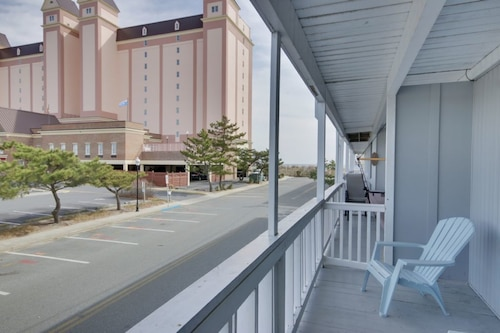 Great Place to stay Waldorf 3 - 3 Br Townhouse near Ocean City