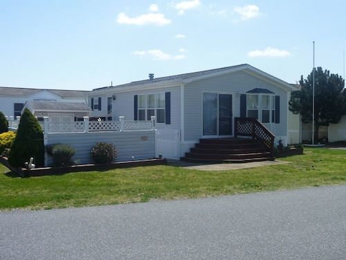 Great Place to stay Assateague Pointe 55 - 2 Br Home near Berlin