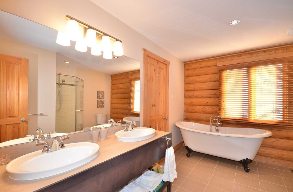 Bathroom, Chalet Serenite
