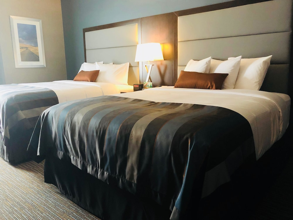 Room, Wingate by Wyndham Kamloops