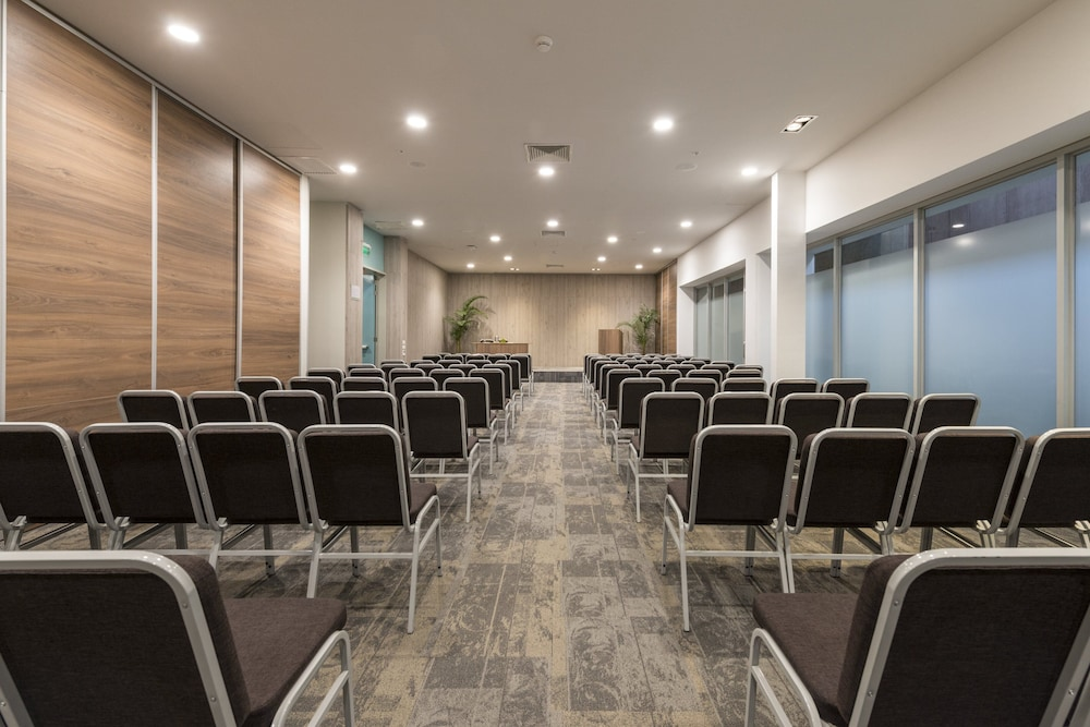 Meeting Facility, Holiday Inn Lima Airport
