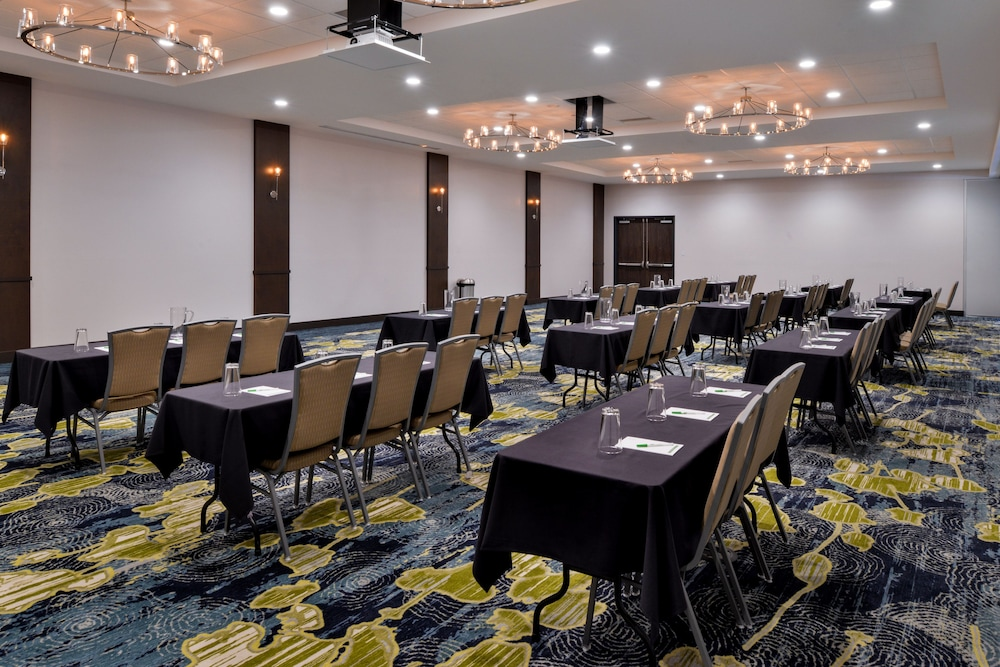 Meeting Facility, Holiday Inn Hotel & Suites Farmington Hills - Detroit NW