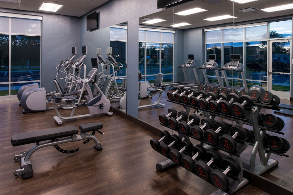 Fitness Facility, Holiday Inn Hotel & Suites Farmington Hills - Detroit NW