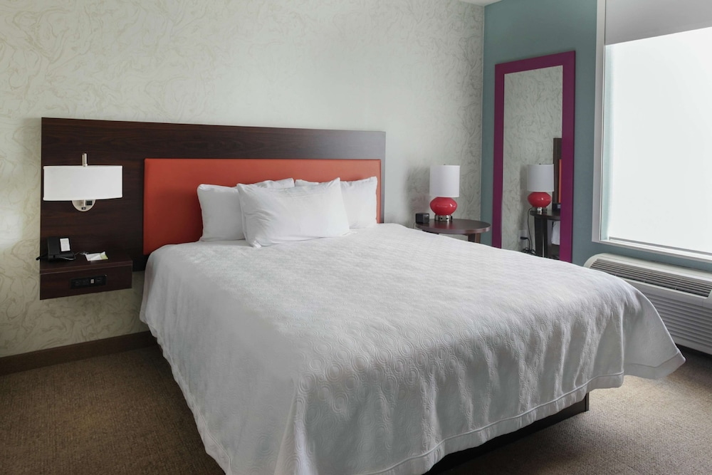 Room, Home2 Suites by Hilton Louisville Airport/Expo Center, KY