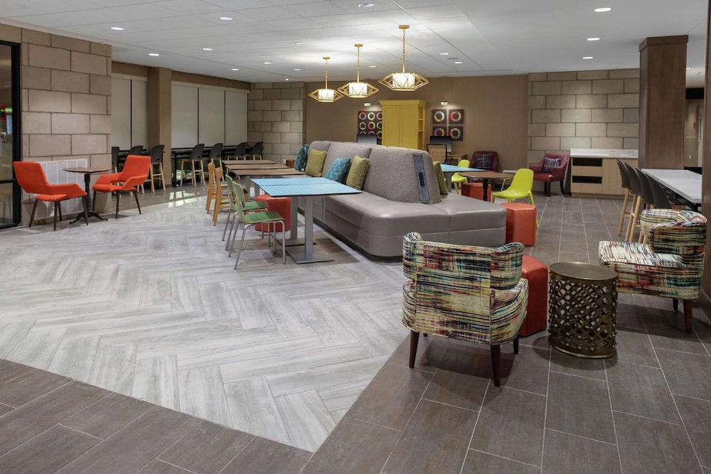 Lobby, Home2 Suites by Hilton Louisville Airport/Expo Center, KY