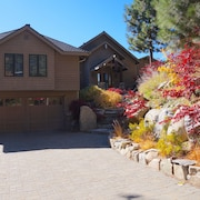 Tranquil Modern Luxury Rental w/ Heavenly & Lake Tahoe Views - and HOT Tub!!