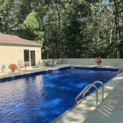Beautiful East Hampton Retreat With Huge New Pool