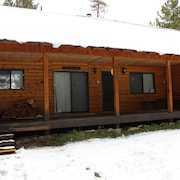 ***new Rental*** Excellent for Snowmobiling. Fantastic Location. Free Wifi