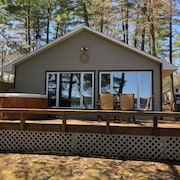 Serenity Beach Haus W/outdoor hot tub on Otsego Lake & Sandy Beach, A/c, Wi-fi!