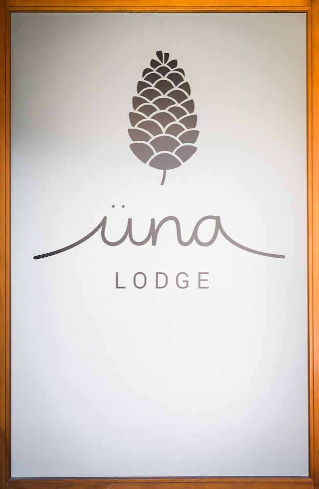 Interior, Üna Lodge