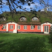Alsbrogaard Deluxe Bed & Breakfast